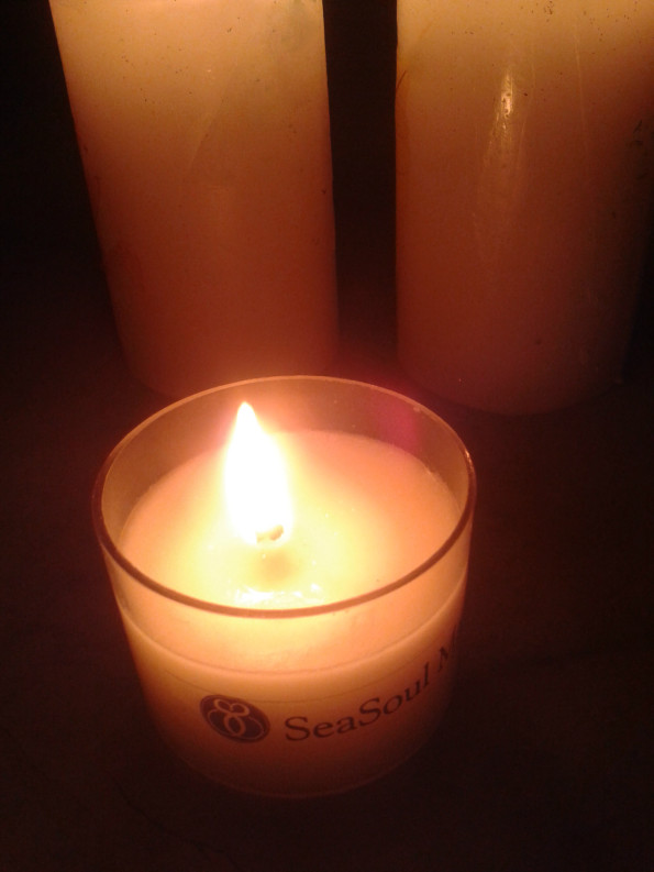 Massaga Candle