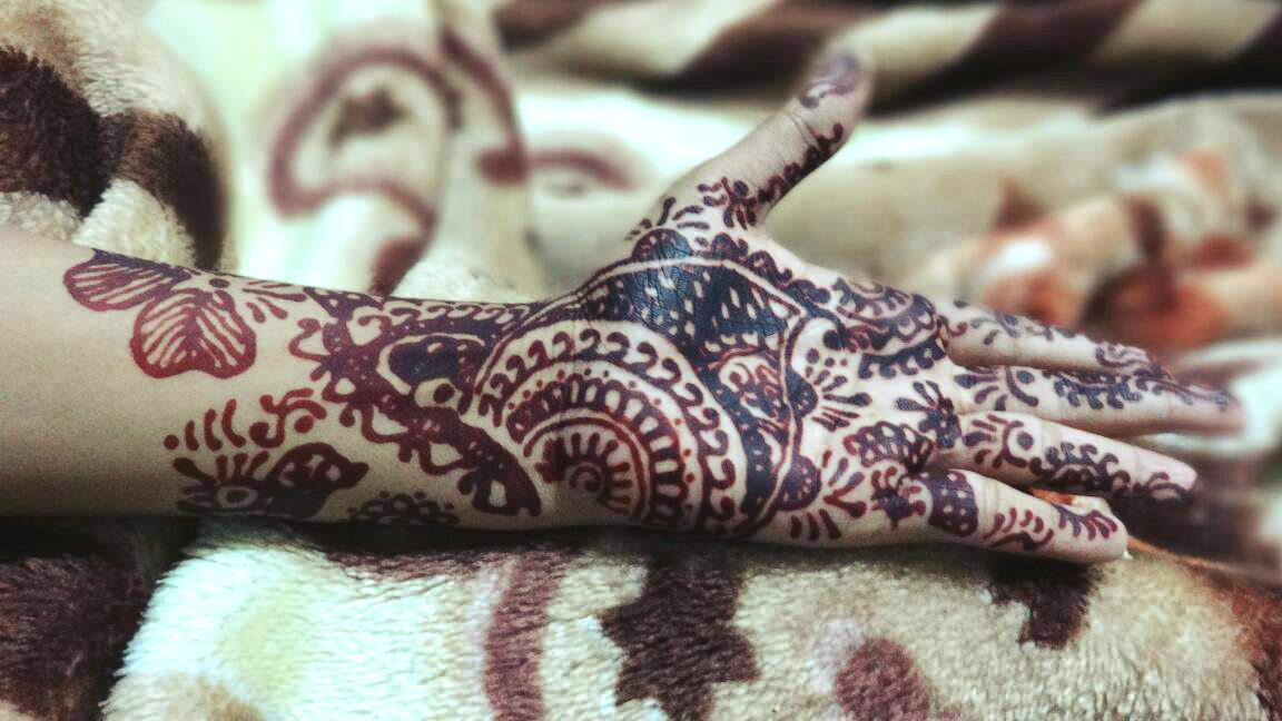 Mehndi Henna Red Cone Infection : Red cone mehndi designs top pakistani design with